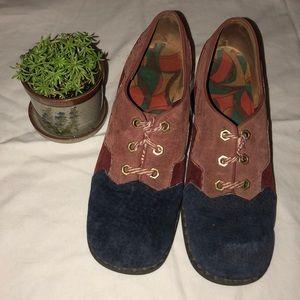 Shoes - Antique / Vintage / Colonial Style Shoe